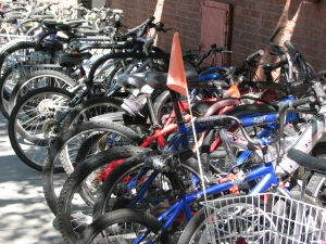 Farmer's Market 2010 - full bike rack